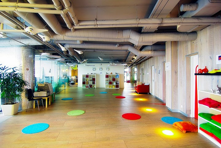 Google office in russia 100knot for Office design google