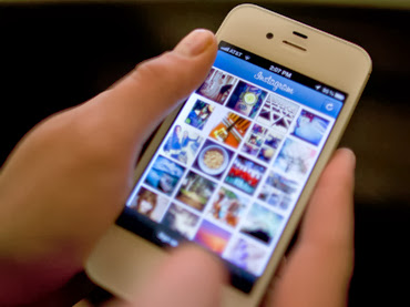 """Antes de compartir una foto en Instagram, hay dos cosas a tener en cuenta: la zona horaria de tu audiencia y a qué hora entran a sus perfiles en la red social. De acuerdo a Simply Measured, el mejor momento es por la tarde y nunca en la madrugada. Para las marcas que tienen seguidores en grandes ciudades es favorable publicar en horas pico cuando se sabe que la gente está almorzando o fuera de su horario de trabajo. Utilizar hashtags populares. Utilizar etiquetas al momento de postear una imagen puede ayudar también a obtener una gran cantidad de """"Like""""."""