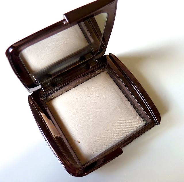 """Photo of Hourglass Ambient Lighting Powder  in the shade """"Ethereal Light"""""""