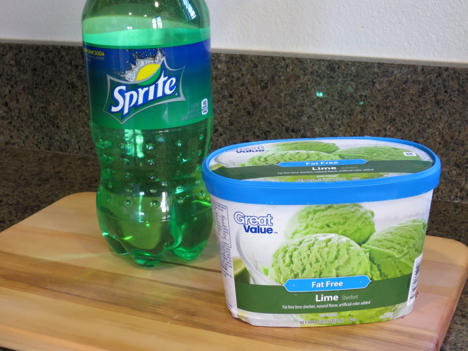 St Patrick's Day - Lemon Lime soda and Lime Sherbet Float
