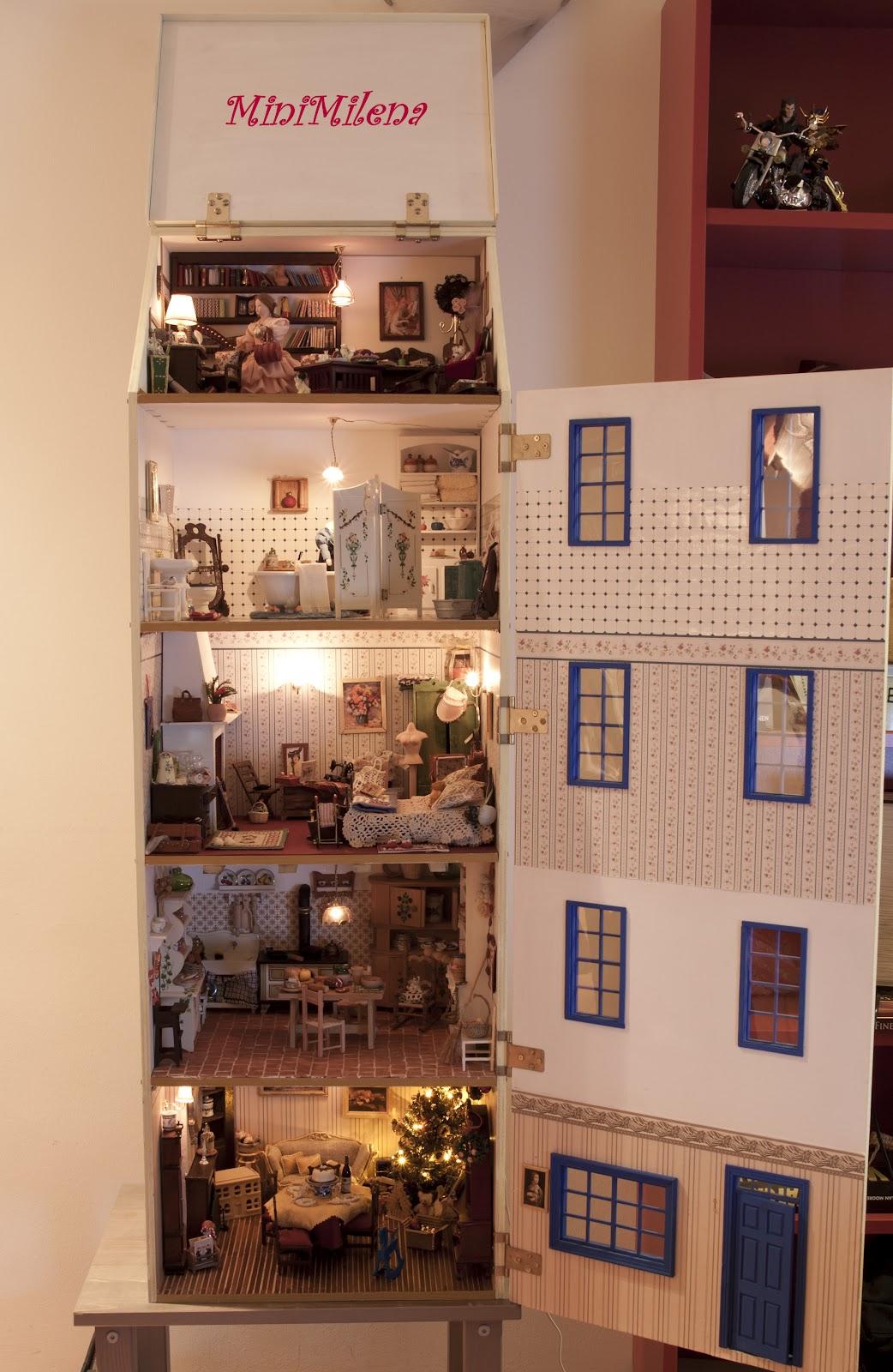 Minimilena a mia immagine e somiglianza for Piano casa delle bambole vittoriana