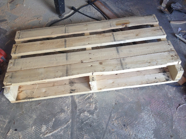 how to cut pallets apart