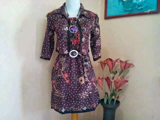 Model dress batik wanita terbaru 2014  Aneka Model Baju Batik