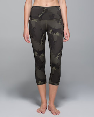 lululemon-gator-palm-party wunder-under-crop