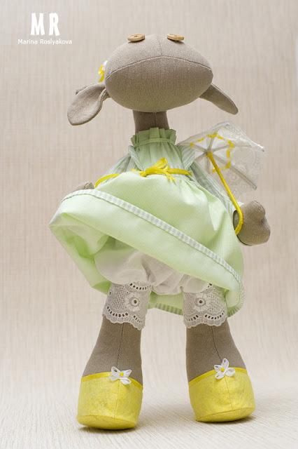 Корова. Зонтик. Шляпка. Текстильная кукла. Игрушки ручной работы. Марина Рослякова. Marina Roslyakova. Hand made toys. Cow Toy
