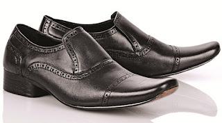 Sepatu Paling Populer Saat Ini