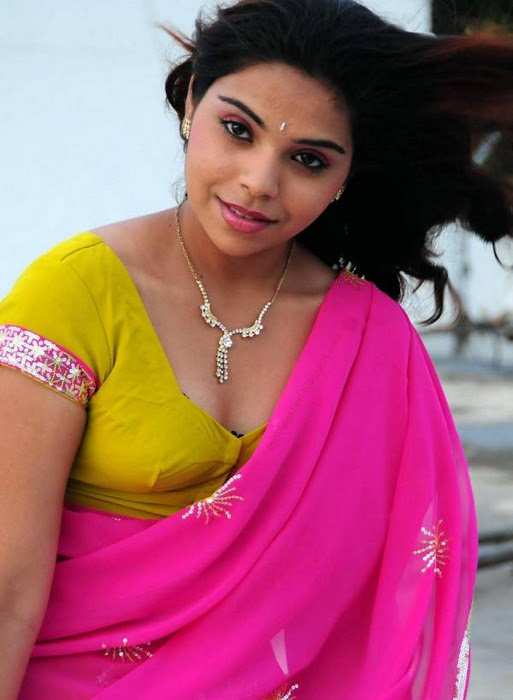 xvbollywood.blogspot.com--+hot+mallu+movies+photos+x+videos+%2829%29
