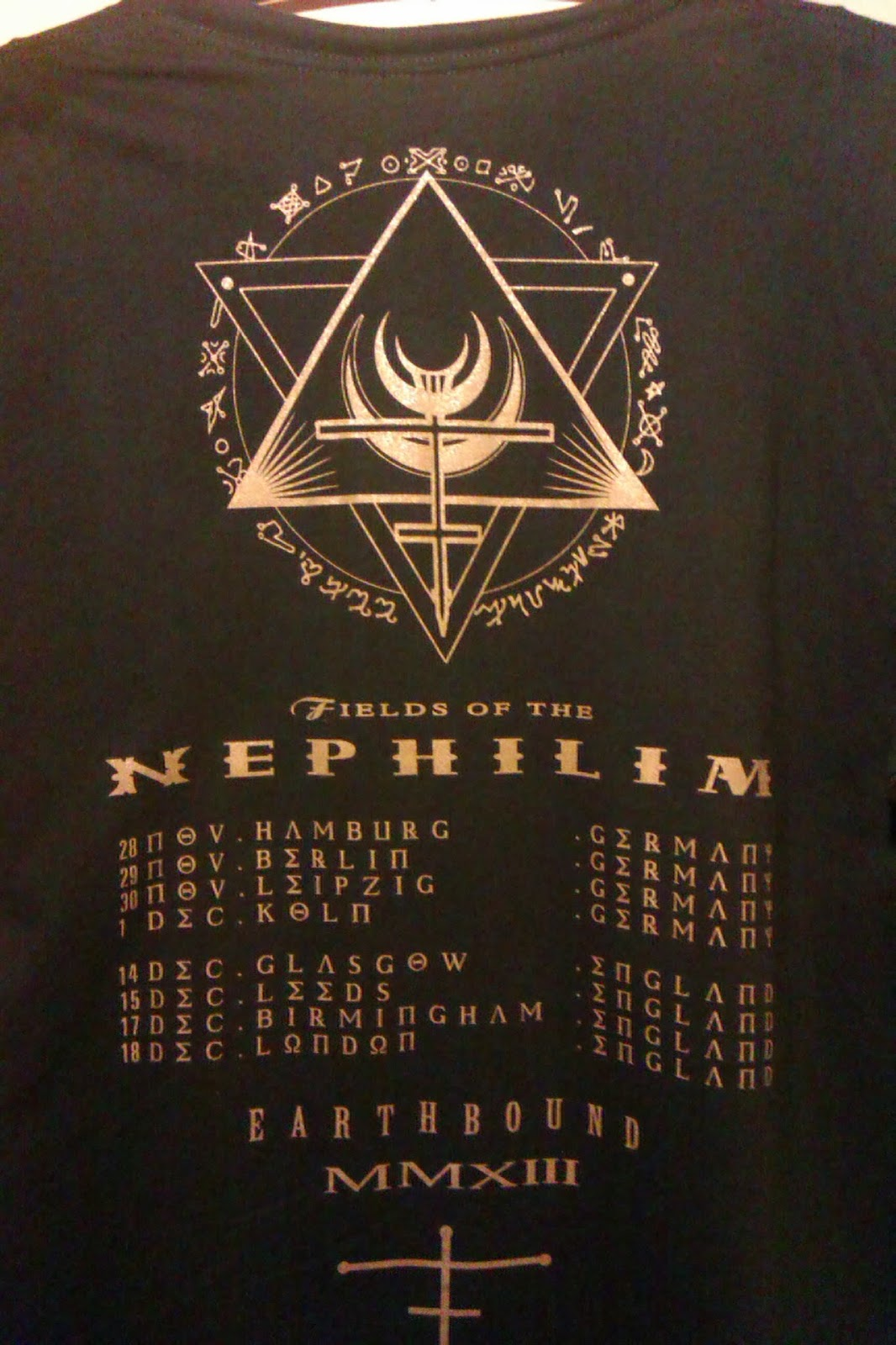 ... the back of the new Tour T-Shirt ...
