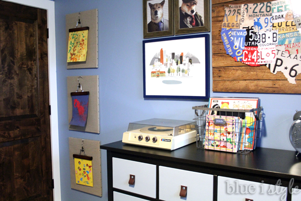Pant Hanger to Display Kids' Art