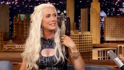 Kristen Wiig disfrazada de Khaleeshi en el programa de Jimmy Fallon