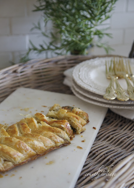 Spinach mushroom pastry in basket
