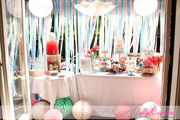 Bella cupcakes miss li 39 s french chic inspired bridal shower for Canape using fita