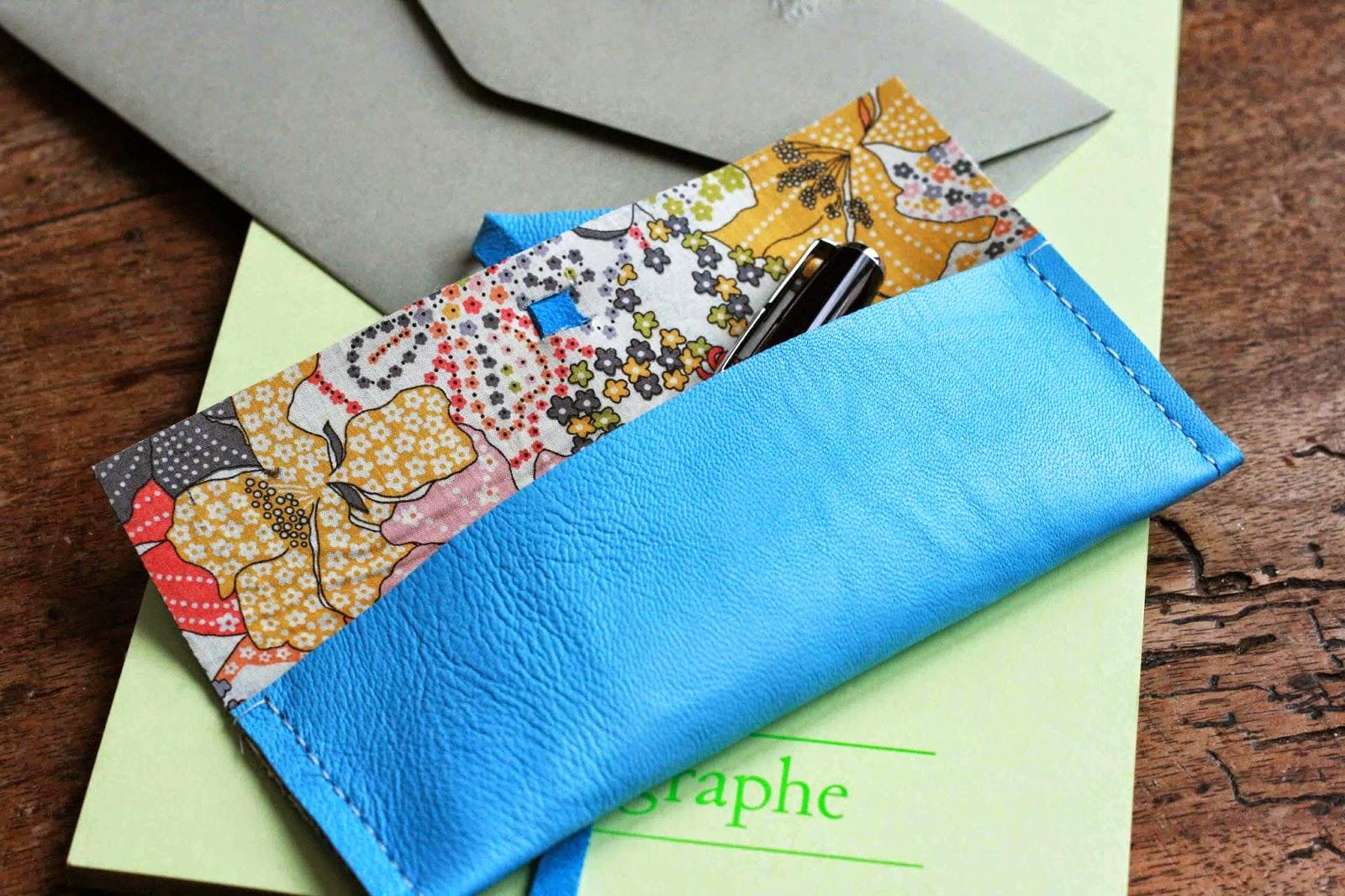 Mon ampersand diy de la rentr e la petite trousse for Trousse couture cuir