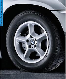 bmw x1 tyres - صور اطارات بي ام دبليو x1