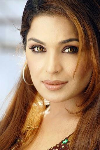 Meera Khan Hottest Dance Video Leak In Morning Show