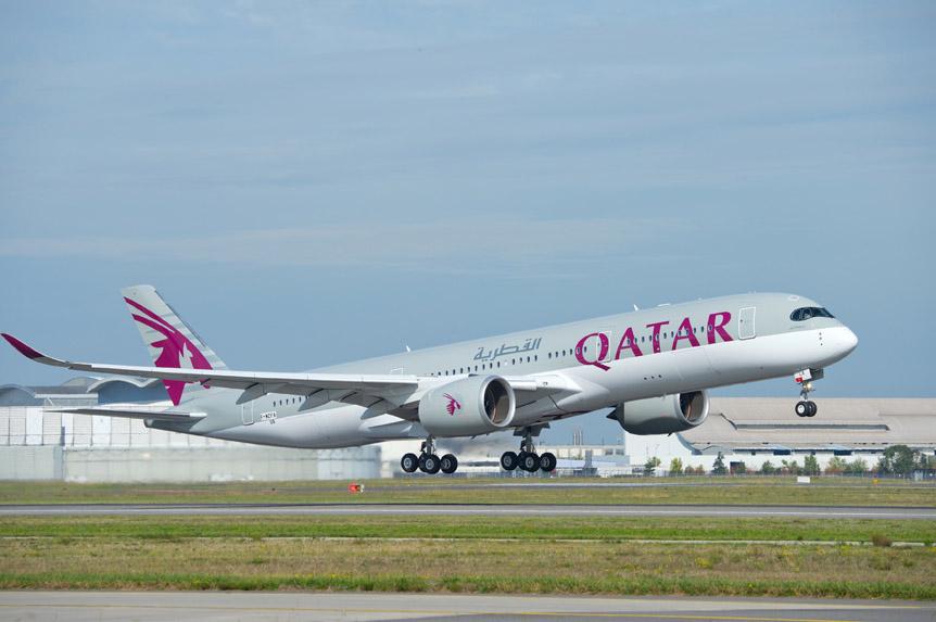 Flyingphotos magazine news qatar airways delays a350 for Oficina qatar airways madrid