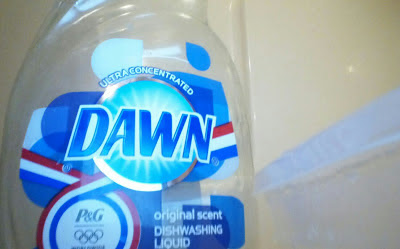 dawn dishsoap, dish soap, diy laundry detergent, no grate laundry soap, homemade laundry detergent
