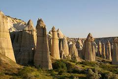 Cappadoce, Turquie: Foyer de nombreuses villes souterraines et en sur face.