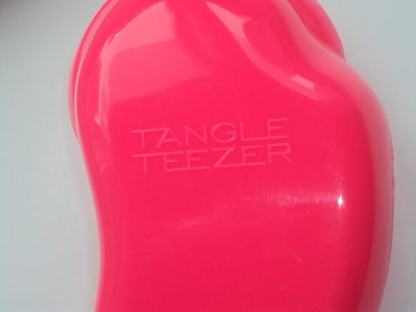 Tangle Teezer brush.