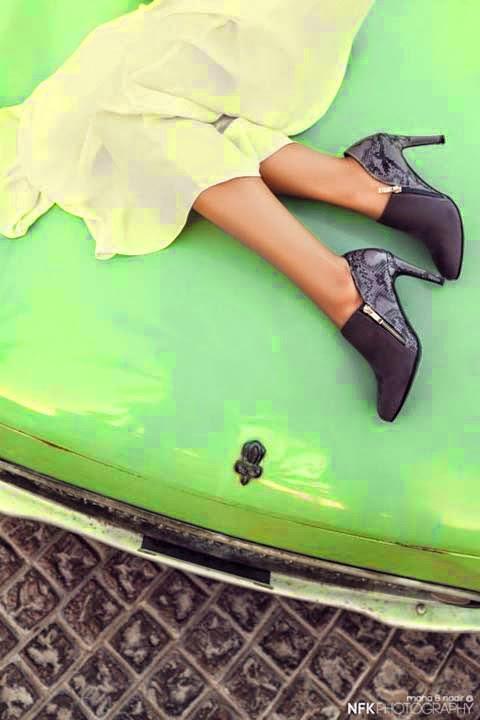 Female,Stylish,Handbags,Footwear,Collection,2014-15