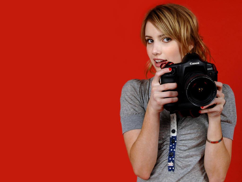 http://1.bp.blogspot.com/-wprHl1ituPE/Tti9wK4ipgI/AAAAAAAAG9Q/vITO9G0mM84/s1600/emma+roberts+photoshoot+%25283%2529.jpg