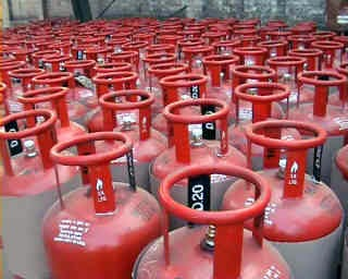 chennai lpg gas cylinder distribution fraud, gas cilinder cheating case, tamil news, samayal erivaayu