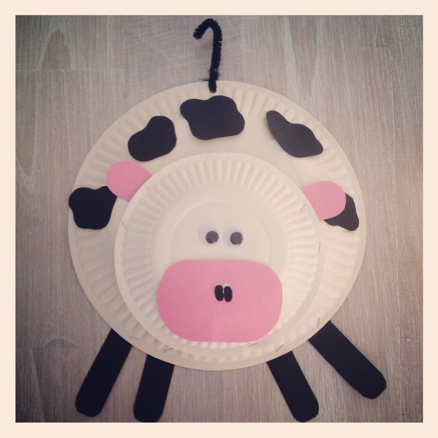 I didn\u0027t use any templates I just drew the shapes need by hand.  sc 1 st  Living on a Latte & Living on a Latte: Paper Plate Farm Animals