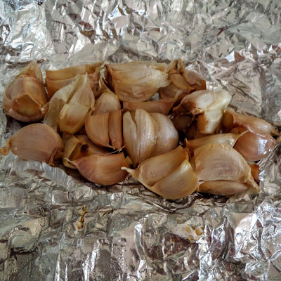 How to Roast Garlic:  A simple tutorial on how to roast garlic.