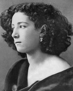 actress Sarah Bernhardt