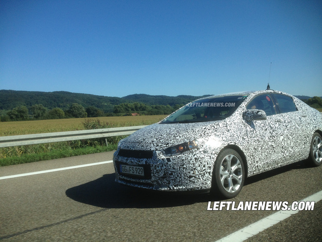 SPOTTED: 2016 Chevrolet Cruze