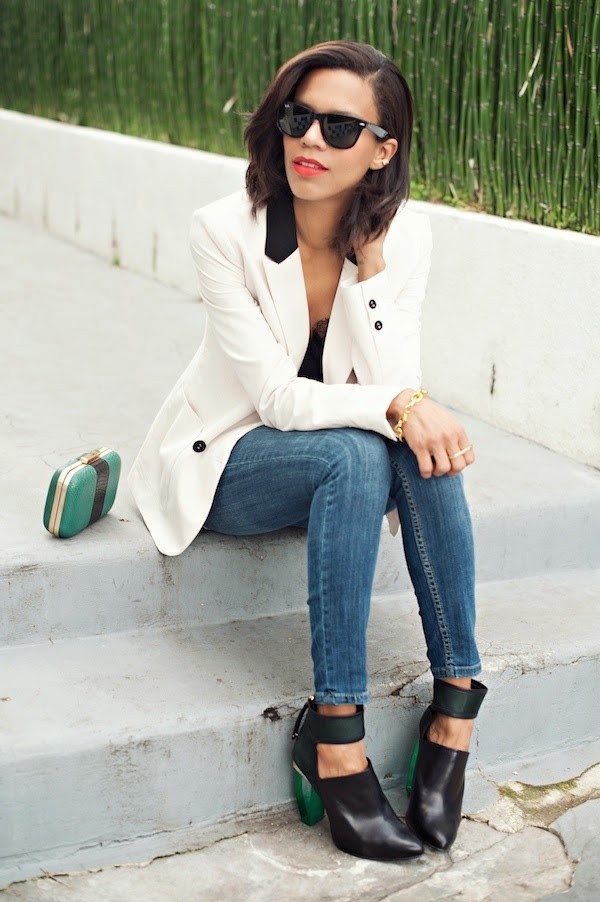 http://ladylazlo.com/tips-on-how-to-wear-white-denim-this-summer/