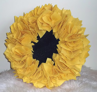 Feminist Cupcakes: Sunflower Wreath