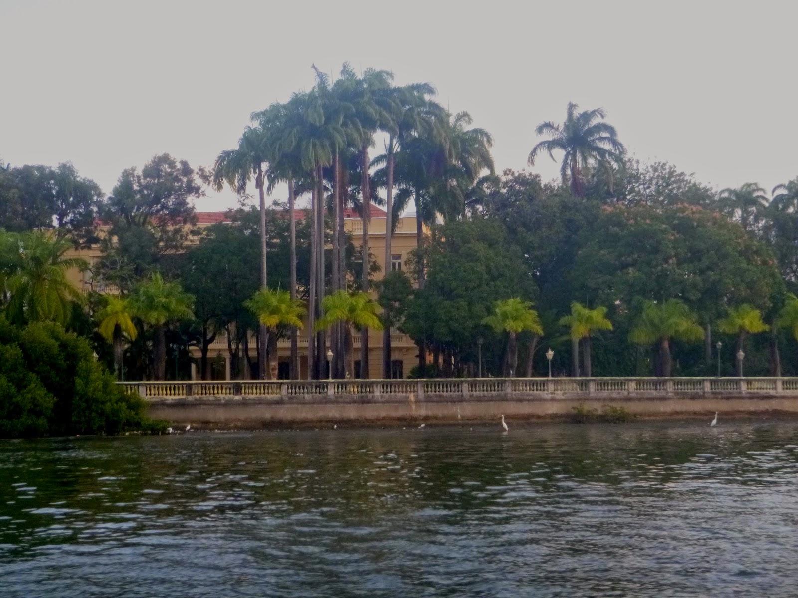 RECIFE; PALÁCIO DO GOVERNO; TURISMO; PASSEIO DE BARCO; PASSEIO DE CATAMARÃ; RIO CAPIBARIBE