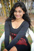 Actress Priyanka latest hot stills-thumbnail-19