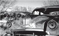 mobil tua yang rusak