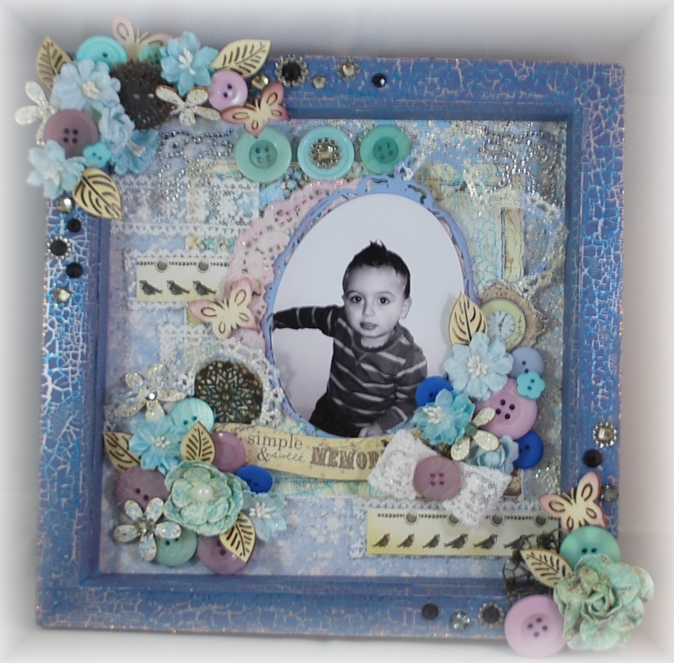 Nikki's Crafting Creations: Shabby Chic Scrapbook Frame