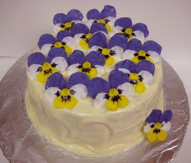Pansy Flower Cake 1