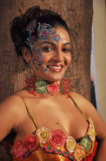 Grade Telugu Movie Ammayila Tirugubothu Adult Download