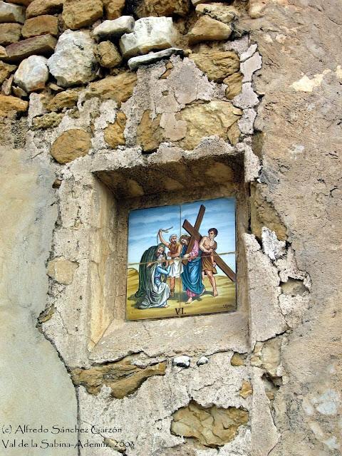 val-sabina-ademuz-via-crucis-ladrillos