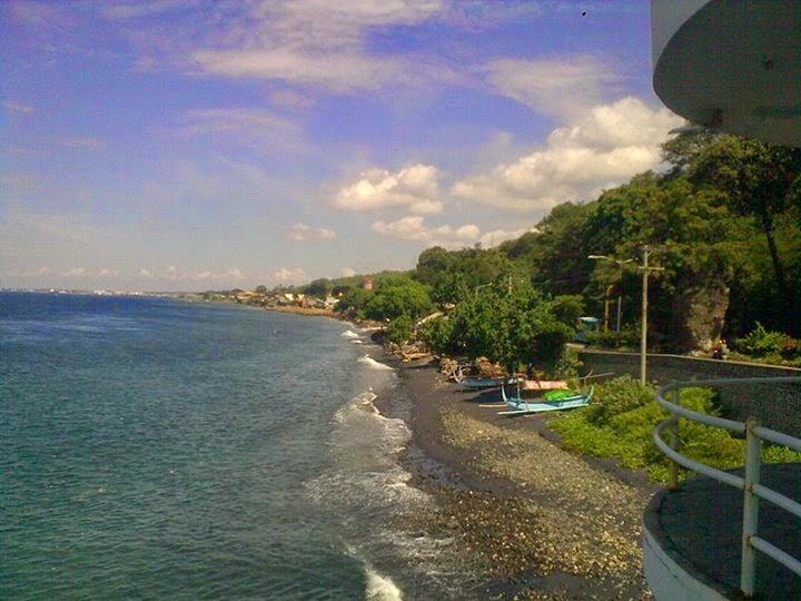 Panorama Pantai Watu Dodol