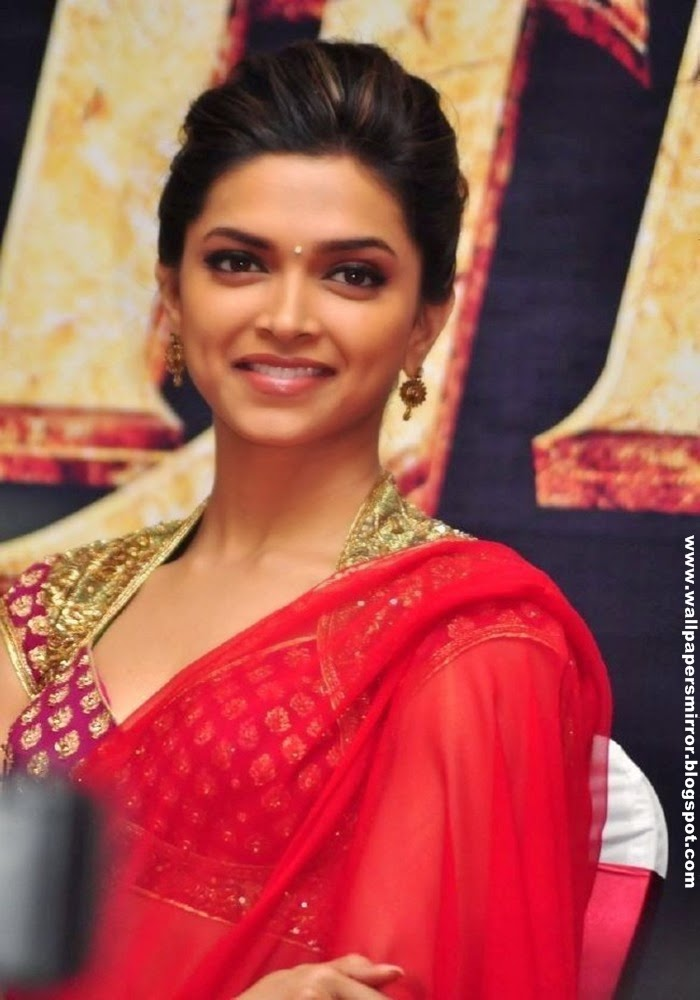 deepika padukone in saree pics