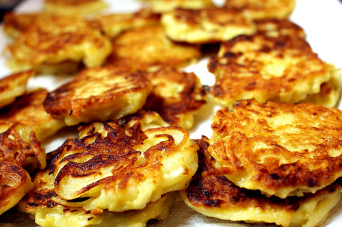 FATAL FOODIES: Yummy Potato Pancakes! By Joyce Lavene