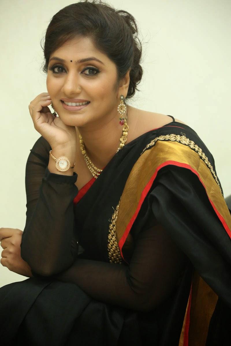 Jhansi latest glamorous photos-HQ-Photo-14