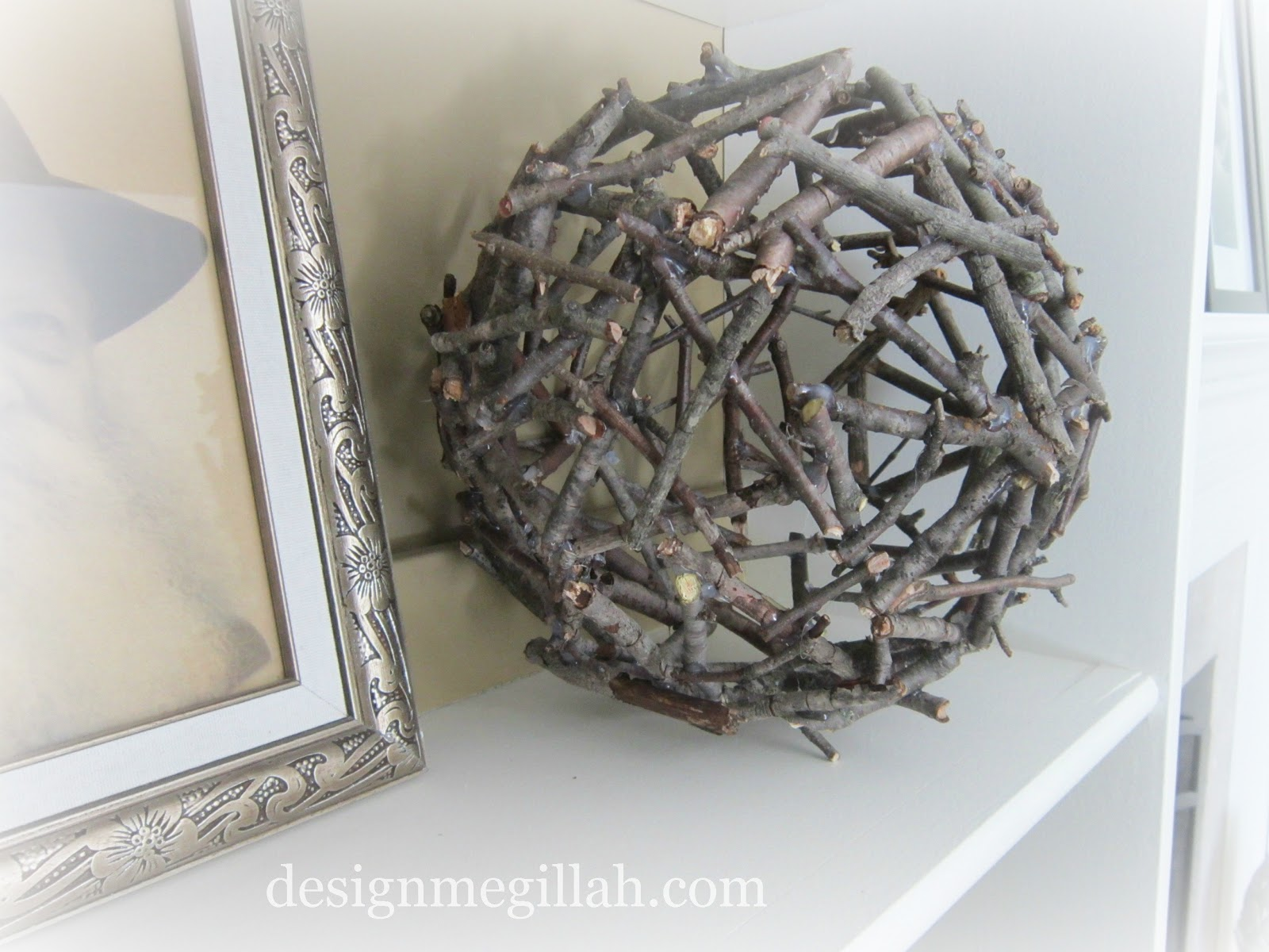 design megillah twig ball