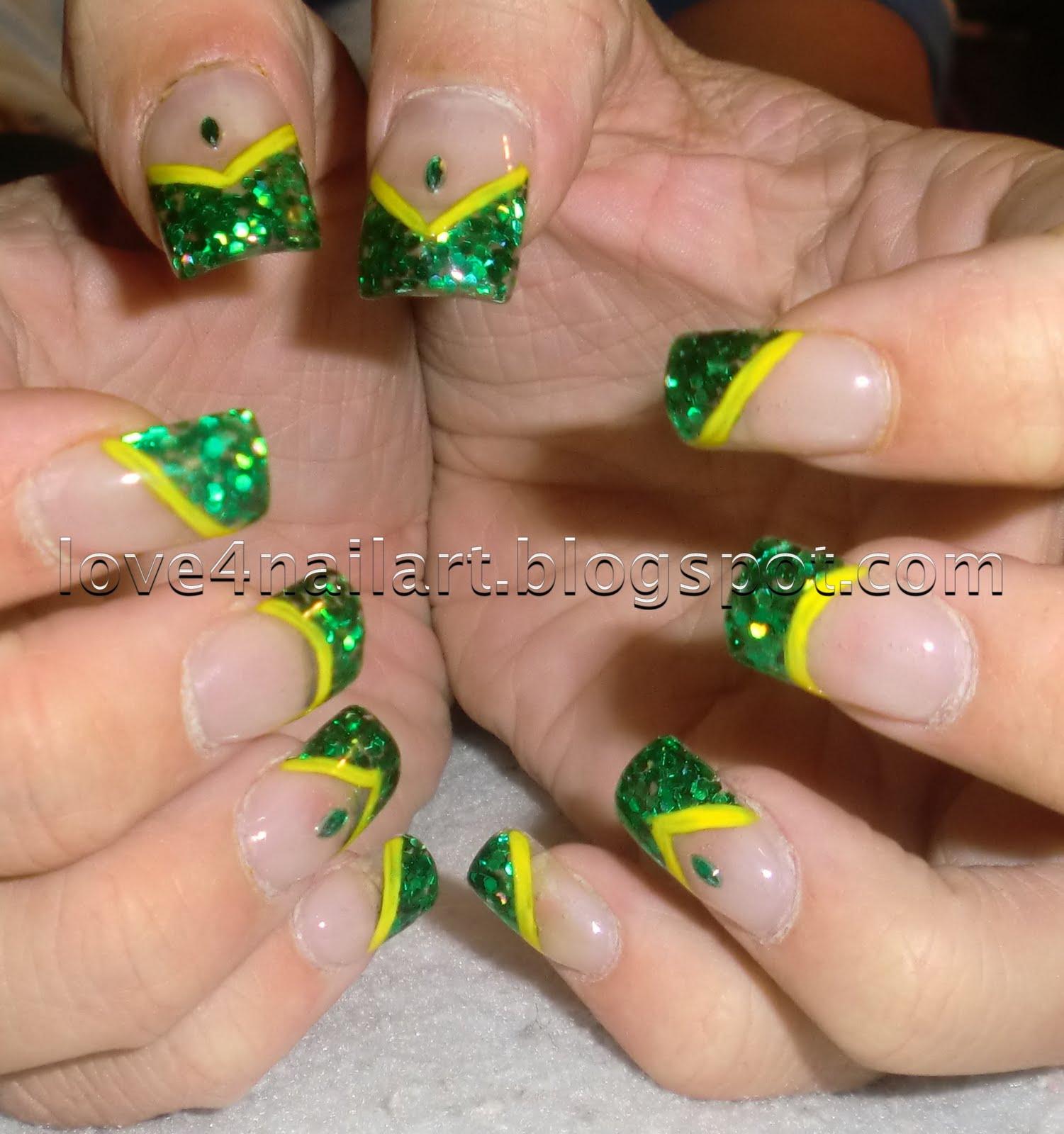 Nail Designs Green   Nail Art Designs