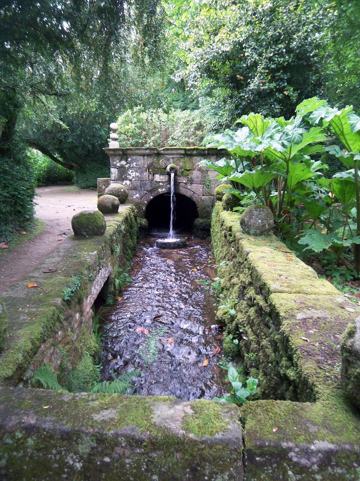 Galicia cool magazine jardines del pazo de oca en a for Jardines galicia