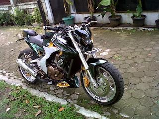 Modifikasi Yamaha Scorpio 2005 Si Radical Street Fighter