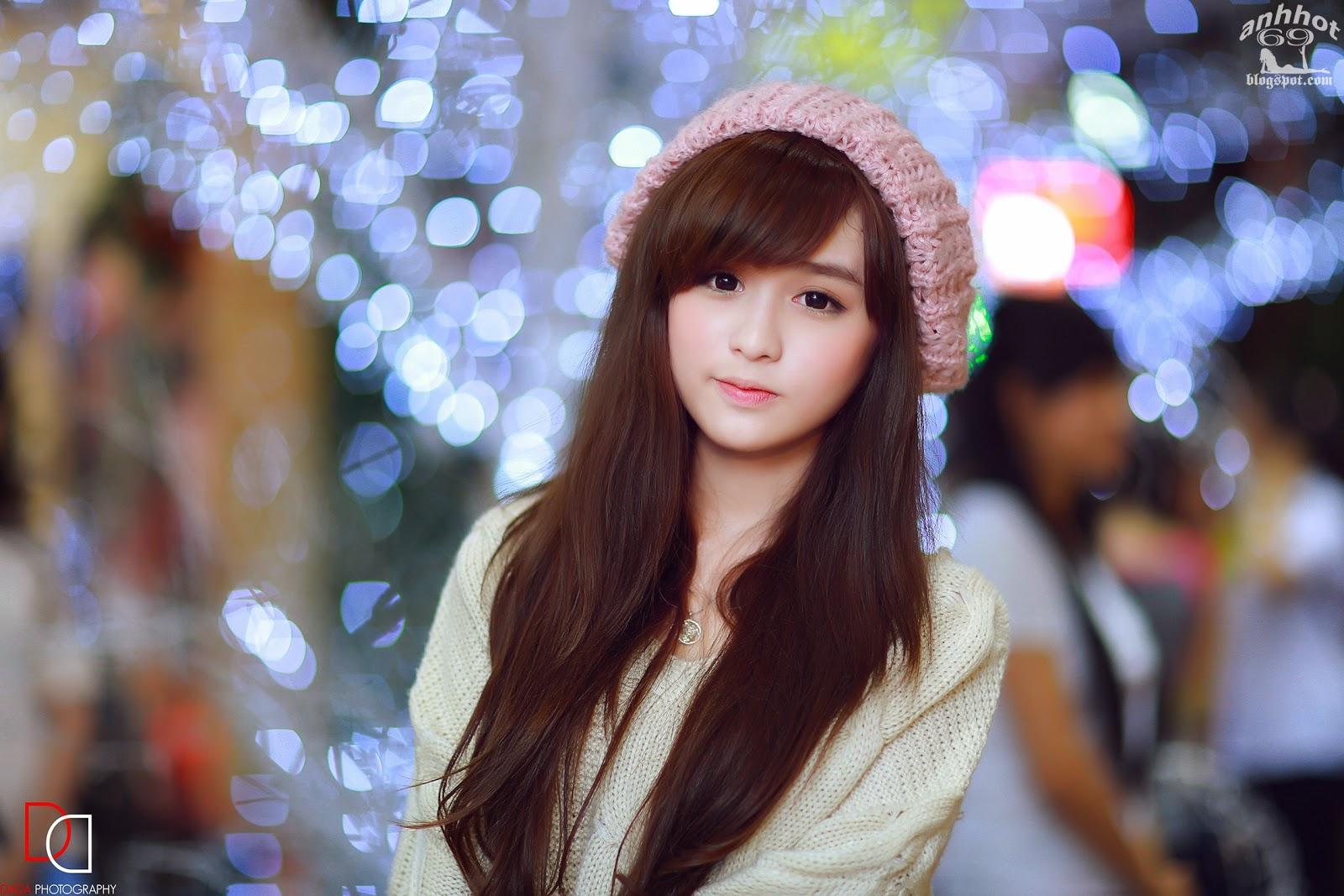 Cute Girls (365)