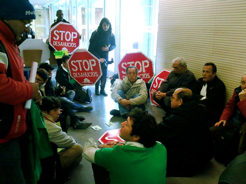 La banca manchada de sangre el blog de juan fotograf a for Juzgados el vendrell