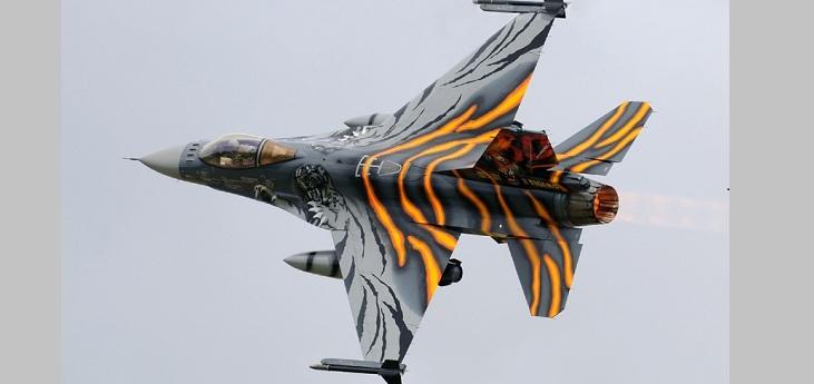 Η USAF αναβαθμίζει άρον άρον τα F-16 – Τα F-35 εμφάνισαν…σκουριά – Οι παραδόσεις σταμάτησαν